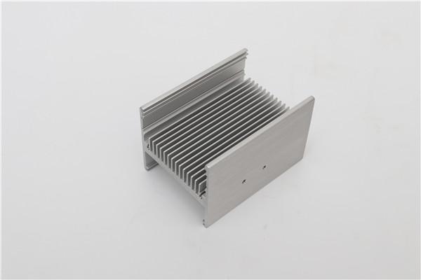 冷凝(ning)器散熱器
